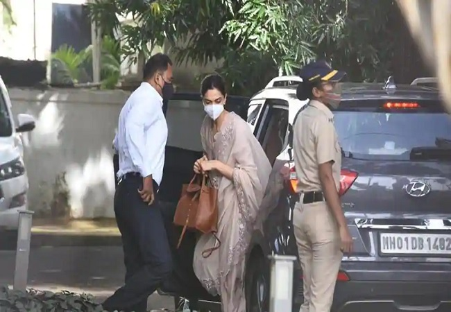 Deepika Padukone arrives at NCB office for questioning in drugs probe