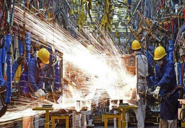 India's industrial production output declines 10.4% in July