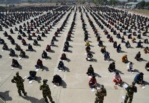 BSF Recruitment Drive: Thousands of Kashmiri youth turns up in Budgam for written exam