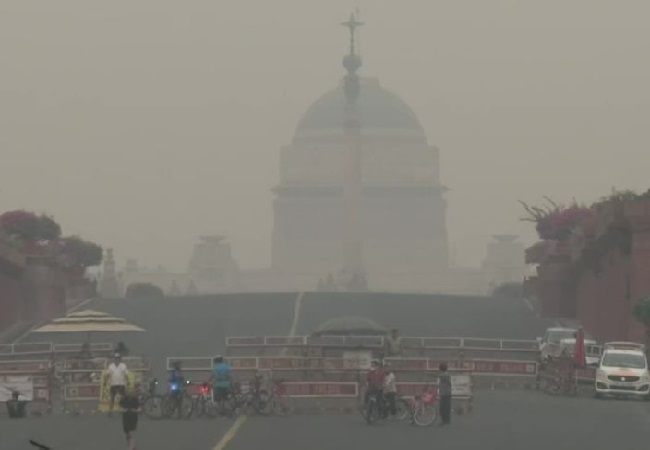 Delhi's AQI slips into 'very poor' category today