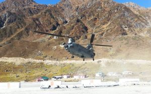 Chinook helicopter takes off from Kedarnath with debris of IAF's MI-17 helicopter