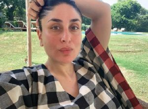 '5 months & going strong': Kareena Kapoor Khan looks radiant in 'no-make up' selfie