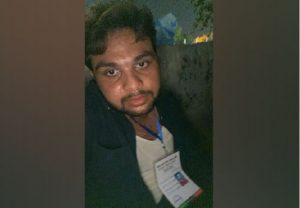 Hindu reporter beaten in Karachi during People's Democratic Movement's anti-government 'jalsa' by volunteers