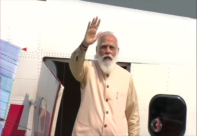 National Unity Day UPDATES: PM Narendra Modi travels in the maiden seaplane flight from Kevadia to Sabarmati