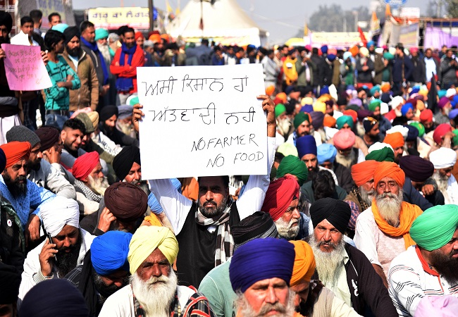 Farmers to begin relay hunger strike on Monday, urge citizens to skip one meal on Kisan Diwas