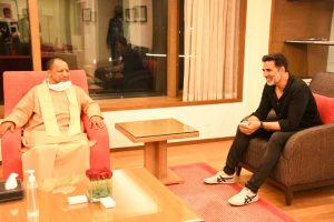 IN PICS: Akshay Kumar meets Yogi Adityanath for UP film city plans