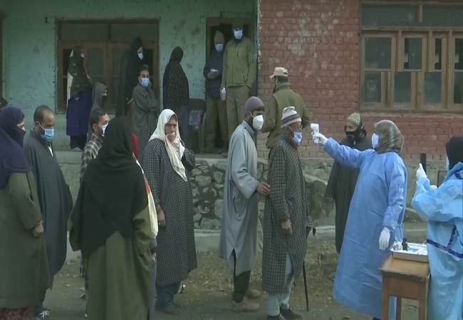 Voting for J-K DDC elections begin amid winter chill, heavy security