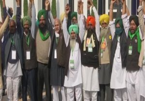 Govt-farmers meet: Talks fail to end deadlock, next meeting on Dec 9
