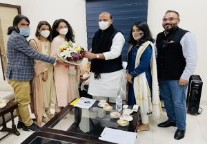 Kangana Ranaut and team 'Tejas' meets Defence Minister Rajnath Singh, seeks his 'blessings' for the film
