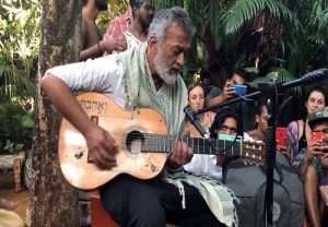 Lucky Ali does impromptu performance of 90's hit 'O Sanam' in Goa, video goes viral