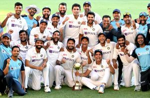 Indian squad with the border Gavaskar Trophy after winning the 4th test match and the series | See Pics
