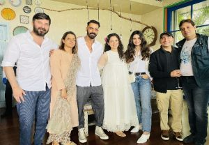 Kangana Ranaut shares glimpses of her New Year brunch party with team 'Dhaakad'
