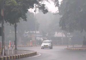 Delhi: Parts of the national capital receive light spells of rain