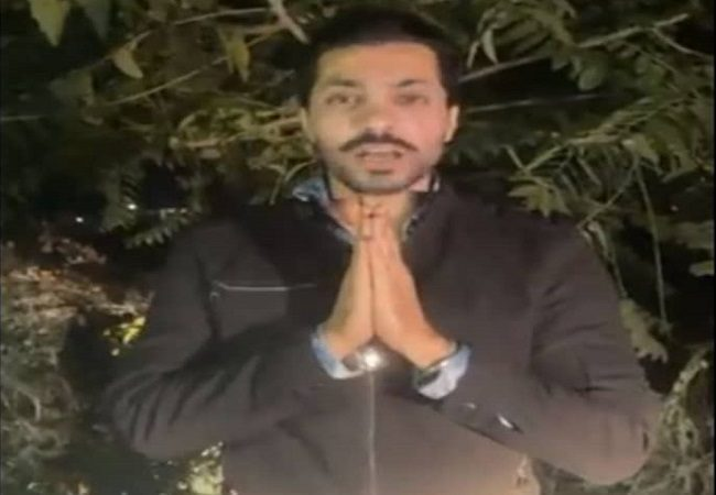 Delhi Police announces upto Rs 1 Lakh reward on Deep Sidhu, others