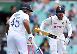 Ind vs Eng, 1st Test: Rohit, Gill fall after visitors post mammoth 578
