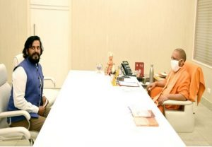 Ravi Kishan meets Yogi Adityanath over UP film city project