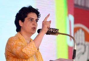 Govt is speaking to ISI in Dubai. Can't they talk to Opposition leaders?: Priyanka Gandhi (Video)