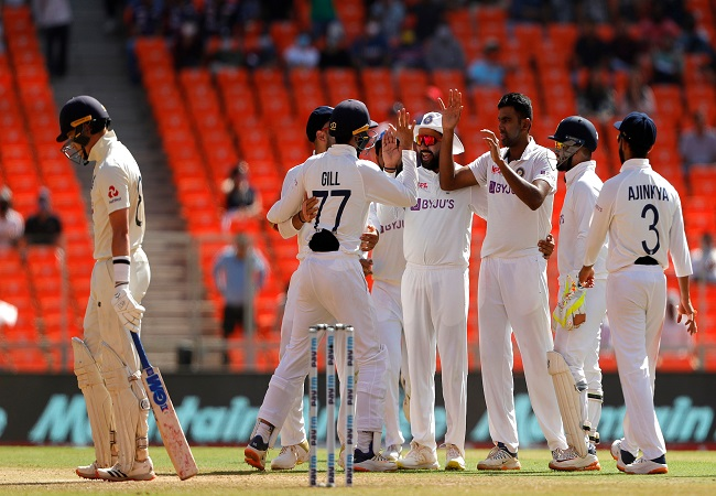 IND vs ENG 2021, 4th Test: Watch England 1st Innings Fall of Wickets