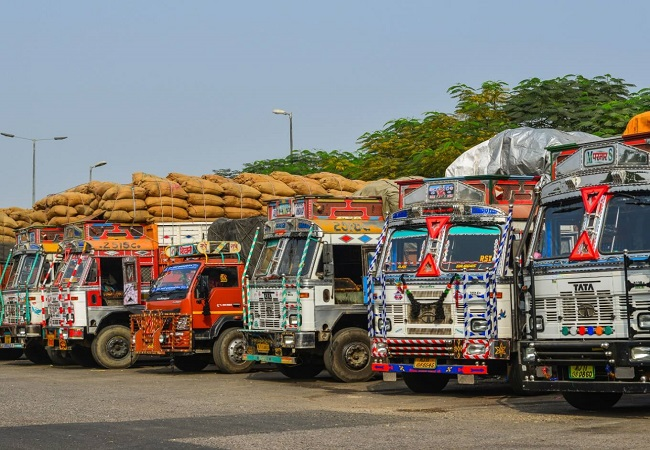 Covid-19 impact: Transport sector facing loss of Rs 315 cr per day due to restrictionsa