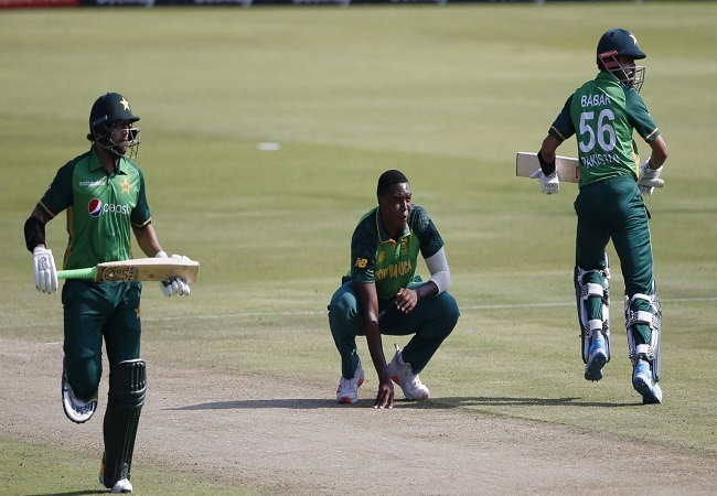 South Africa and Pakistan trolled for wearing almost similar jerseys in the first ODI