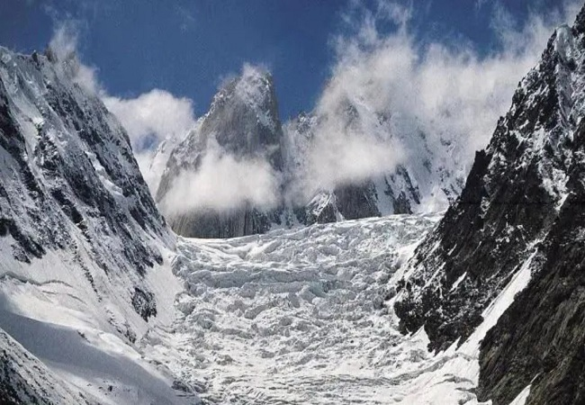 Uttarakhand glacier burst: Indian Army rescues 384 BRO workers, 6 of them critical
