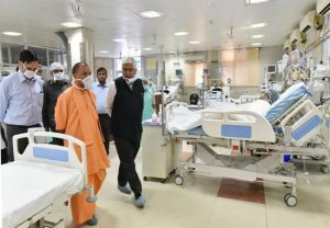 CM Yogi keeps close watch on oxygen level in hospitals, instructs officials for 24*7 monitoring of medical services