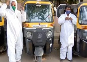 WATCH: Auto drivers start 'Jugaad Ambulance' fitted with oxygen cylinders, to ferry Covid patients in Pune