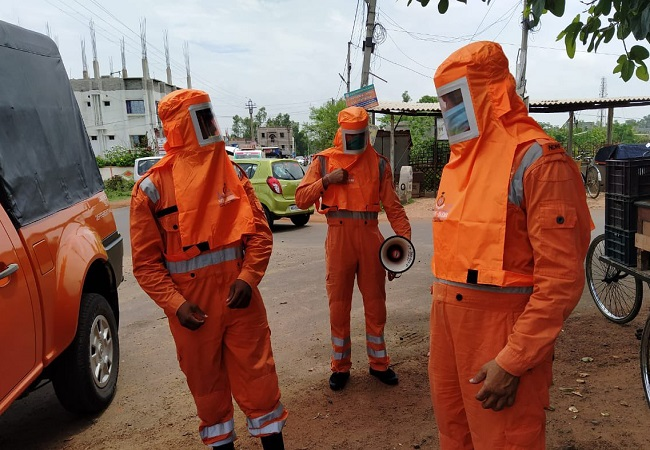 Cyclone Yaas to intensify in next 12 hours; NDRF gears up for storm, evacuates people (VIDEO)