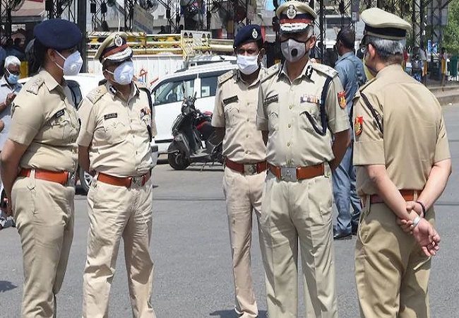 Toolkit probe: Delhi Police sends notice to 2 persons associated with Cong to join inquiry