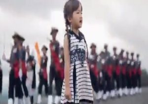 5-year-old girl singing National Anthem with Army band is simply mesmerizing…. WATCH