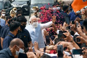 PM Modi gets grand welcome from supporters as he returns from US; See Pics