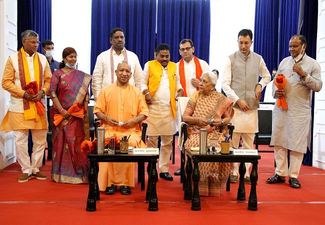 UP Cabinet expansion: Jitin Prasada, six others take oath as ministers in Yogi Adityanath-led Govt
