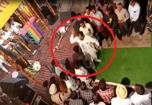Punjab: Congress MLA, drunk on power, thrashes person for asking question (VIDEO)