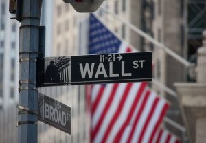 Wall Street scores biggest week since June on strong US retail sales